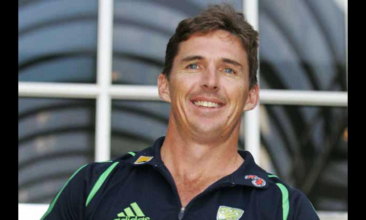 ض=ضعیف، ورلڈ ٹی ٹوئنٹی 2014 کا ضعیف یعنی عمر رسیدہ  ترین کھلاڑی آسٹریلیا کے بریڈ ہوگ، جو  43 سال کی عمر میں کھیلیں گے