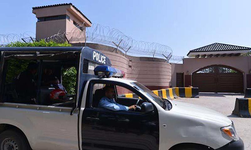Farmhouse security enhanced as Musharraf expected to return
