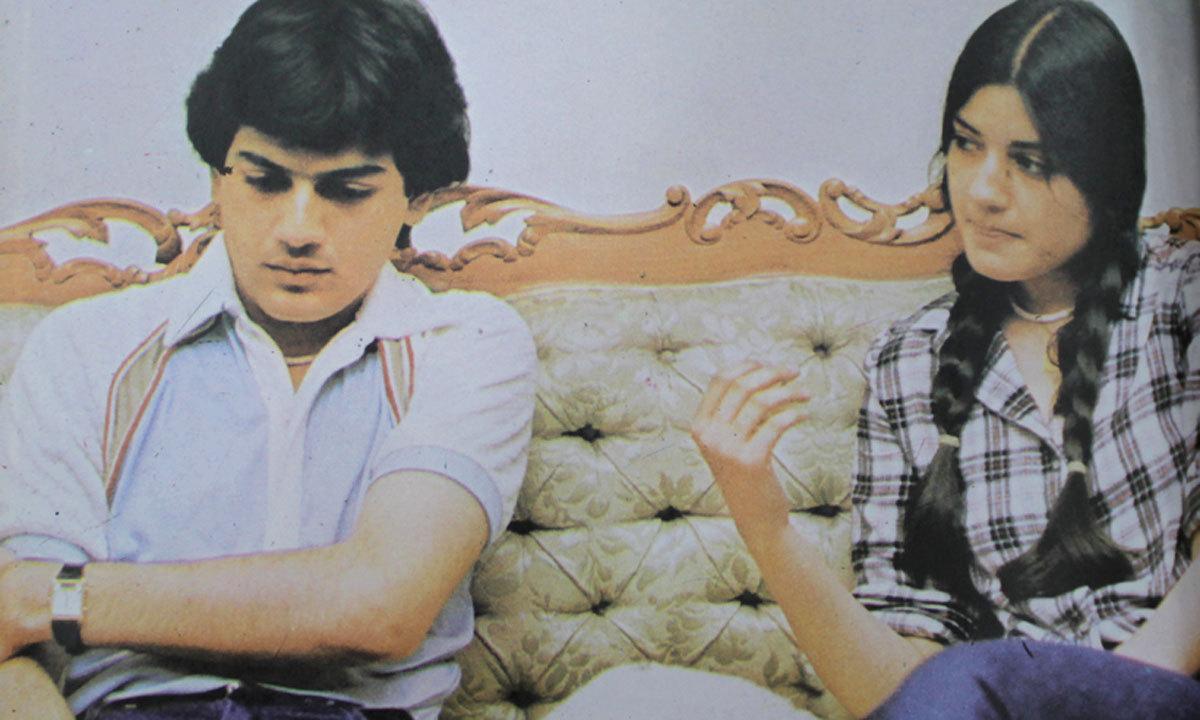 نازیہ نے اپنے فنی کریئر کا آغاز پاکستان ٹیلی وژن کے مشہور پروگرام 'سنگ سنگ چلیں' سے کیا جس میں ان کے بھائی زوہیب حسن بھی ان کے ساتھ شرکت کرتے تھے، دونوں نے گلوکاری کے ساتھ ساتھ اعلیٰ تعلیم بھی حاصل کی۔