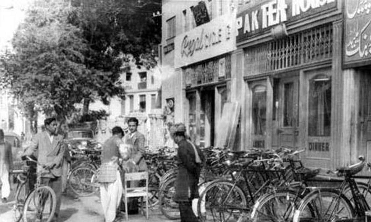 An archival photograph of the Pak Tea House during its early days.