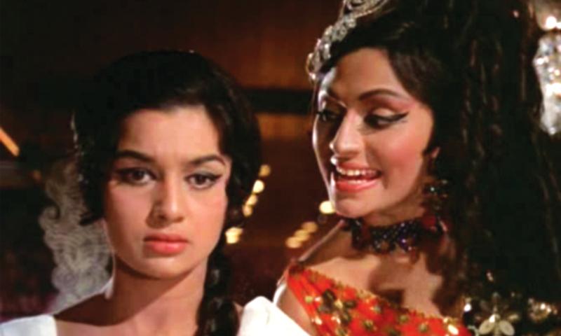 Bindu scandalises Asha Parekh in a song from the film Kati Patang (1970)