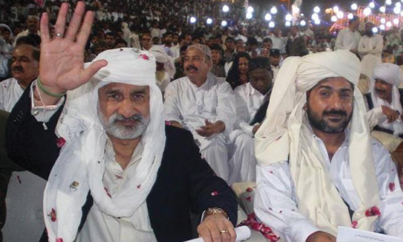 Former Home Minister Zulfiqar Mirza with the new Amn Committee chief, Uzair Baloch
