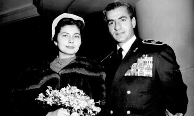 Shah Mohammad Reza Pahlavi and Imperial Princess Soraya. ─ File