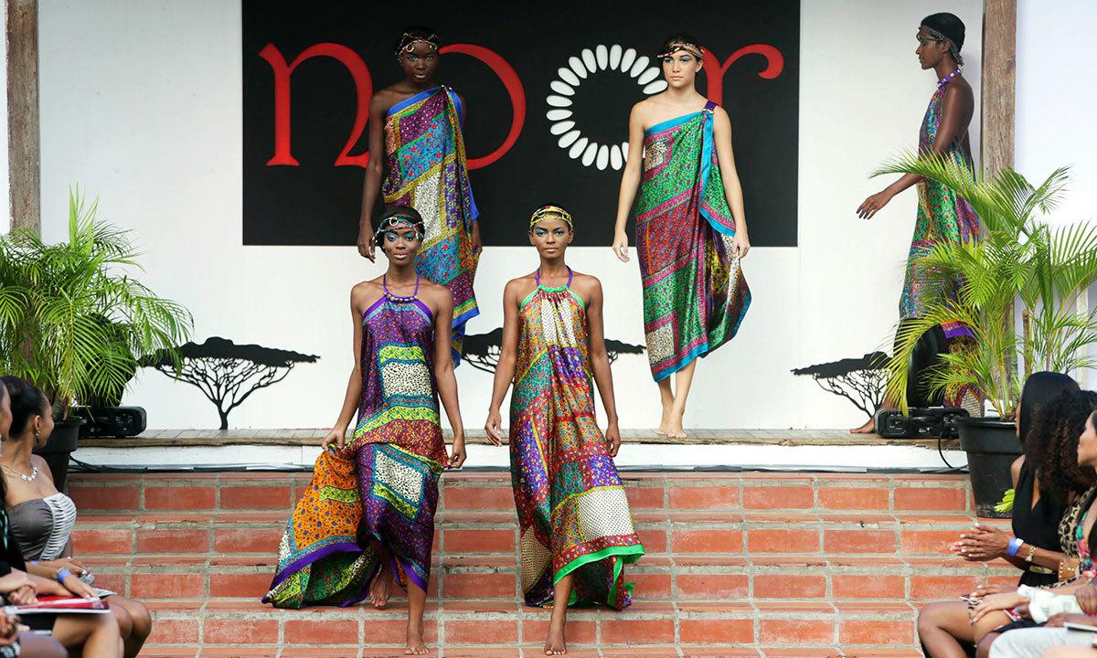 Pakistani Designer Showcases Collection In The Caribbean World Dawn Com