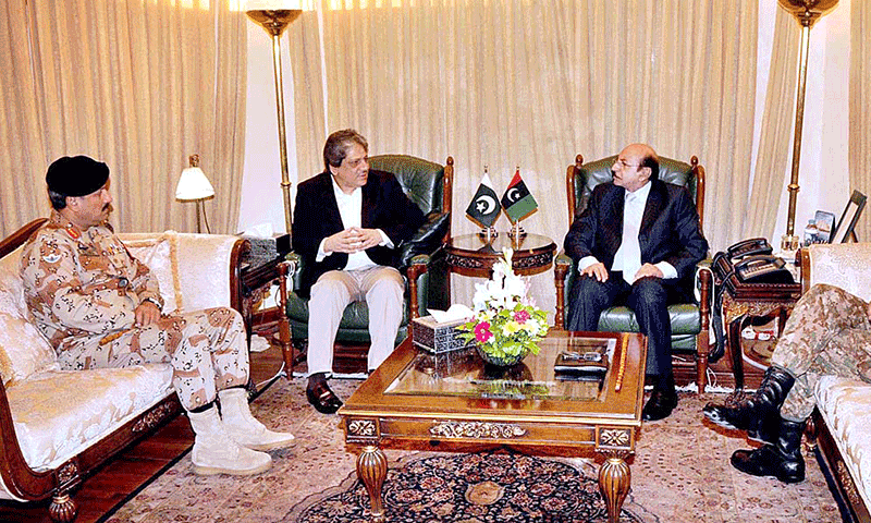 Sindh Governor Dr. Ishratul Ibad Khan, Sindh Chief Minister Syed Qaim Ali Shah, Corps Commander Karachi Lieutenant General Sajjad Ghani and DG Rangers Sindh Maj. General Rizwan Akhtar during meeting at CM House. — Photo by APP