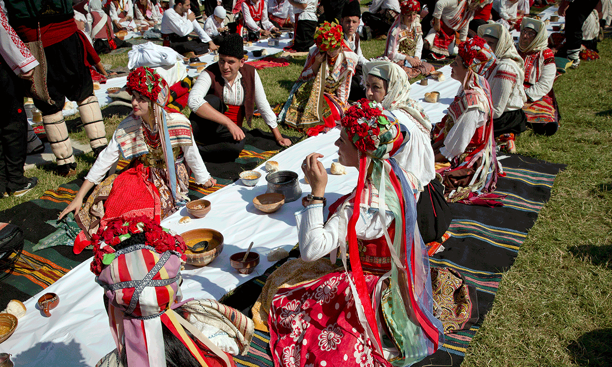 bulgarians recreate 17th century wedding at a folk