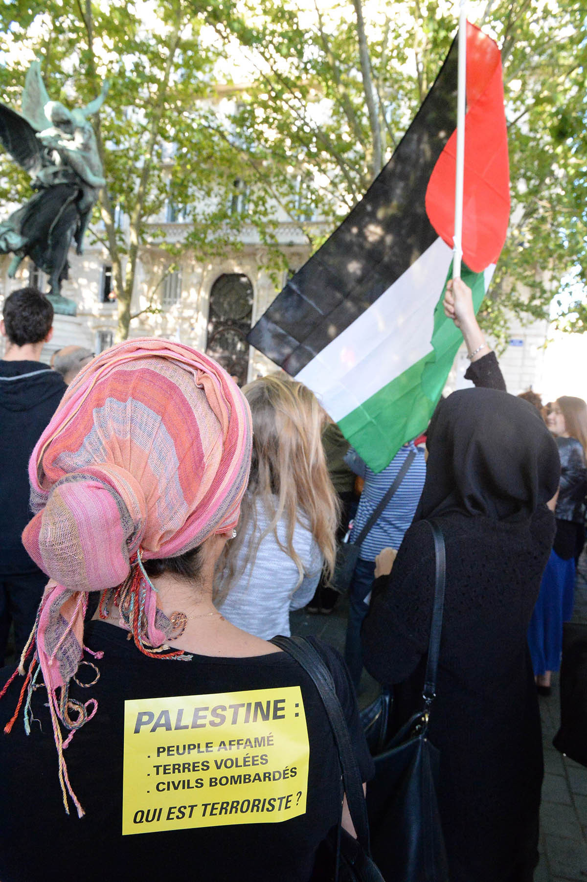 Almost 300 people congregate on July 10, 2014 in Bordeaux to denounce the Israeli military offensive inthe Gaza strip. — Photo by AFP