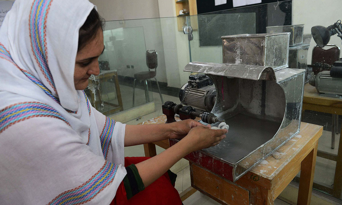 Pakistan's gemstone industry struggles with unrest - Pakistan ...