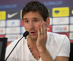 Messi expressing concern and sadness at Palestinian atrocities against the Israelis at a press conference.