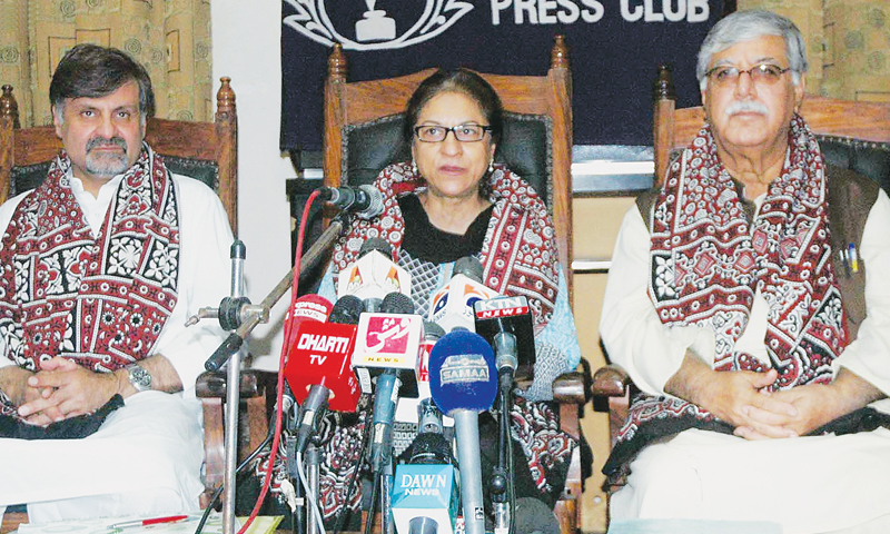 ASMA Jahangir, former chairperson of the Human Rights Commission of Pakistan, speaks at a press conference at the Karachi Press Club on Friday.—INP