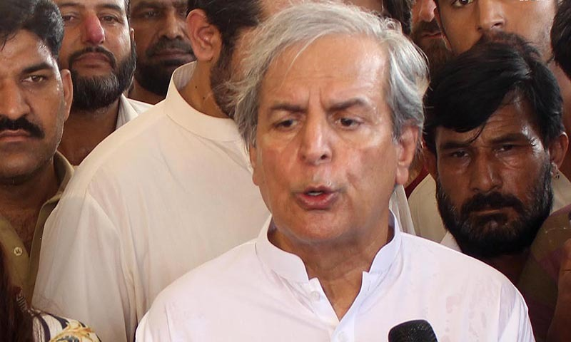 "Mr Hashmi said he was still president of the PTI because Imran Khan did not follow the constitution in sacking him. ""Imran Khan should have gone through the party's constitution first."" — Photo by INP"