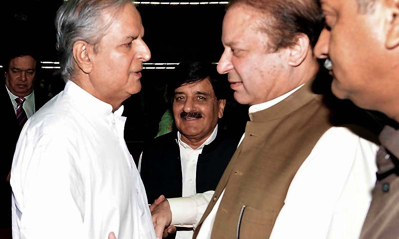 Prime Minister Nawaz Sharif talks with  Makhdoom Javed Hashmi during Joint Session of Parliament held at National Assembly building  in Islamabad on Tuesday, September 02, 2014. — Photo by PPI