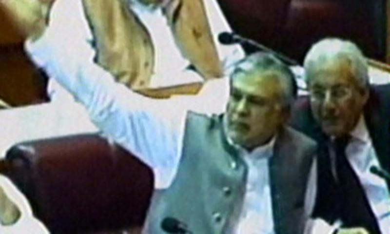Dar gestures angrily, interrupts Qureshi
