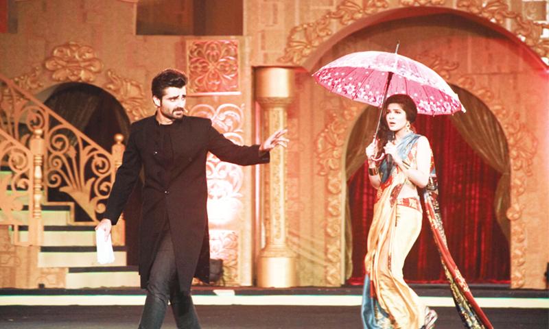 Hamza Ali Abbasi and with Ayesha Omer at the ARY Film Awards