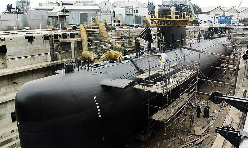 In this photograph taken on July 10, 2006, Pakistani naval personnel give the final touches to the third Agosta 90 B Submarine named as 'Hamza' at The Pakistan Navy Dockyard in Karachi. — Photo by AFP