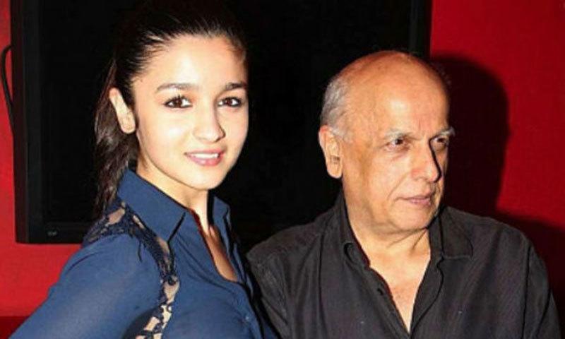 Alia Bhatt (L) with Mahesh Bhatt (R)