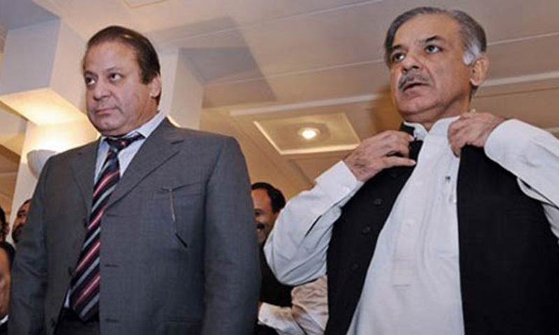 Prime Minister Nawaz Sharif (L) and Punjab Chief Minister Shahbaz Sharif (R). — File photo/AFP