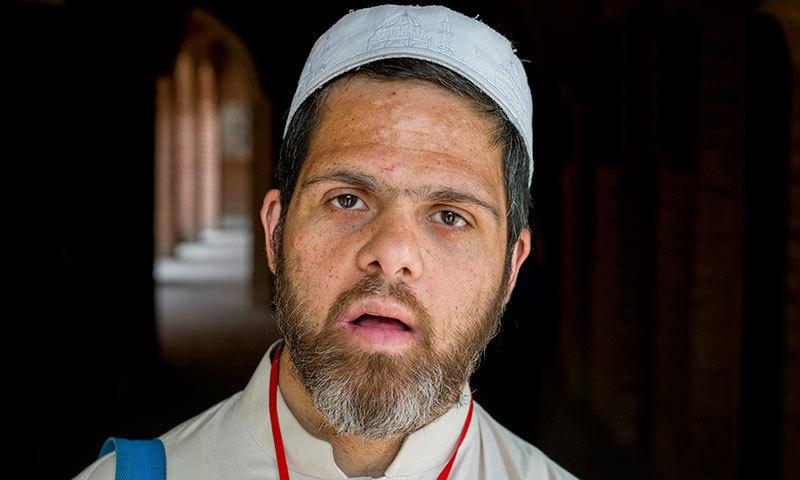 خصوصی بچوں کے اسکول میں ایک ذہنی مریض — فوٹو سعد سرفراز