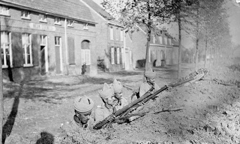 129th Baluchis on the frontline. — Copyright IWM