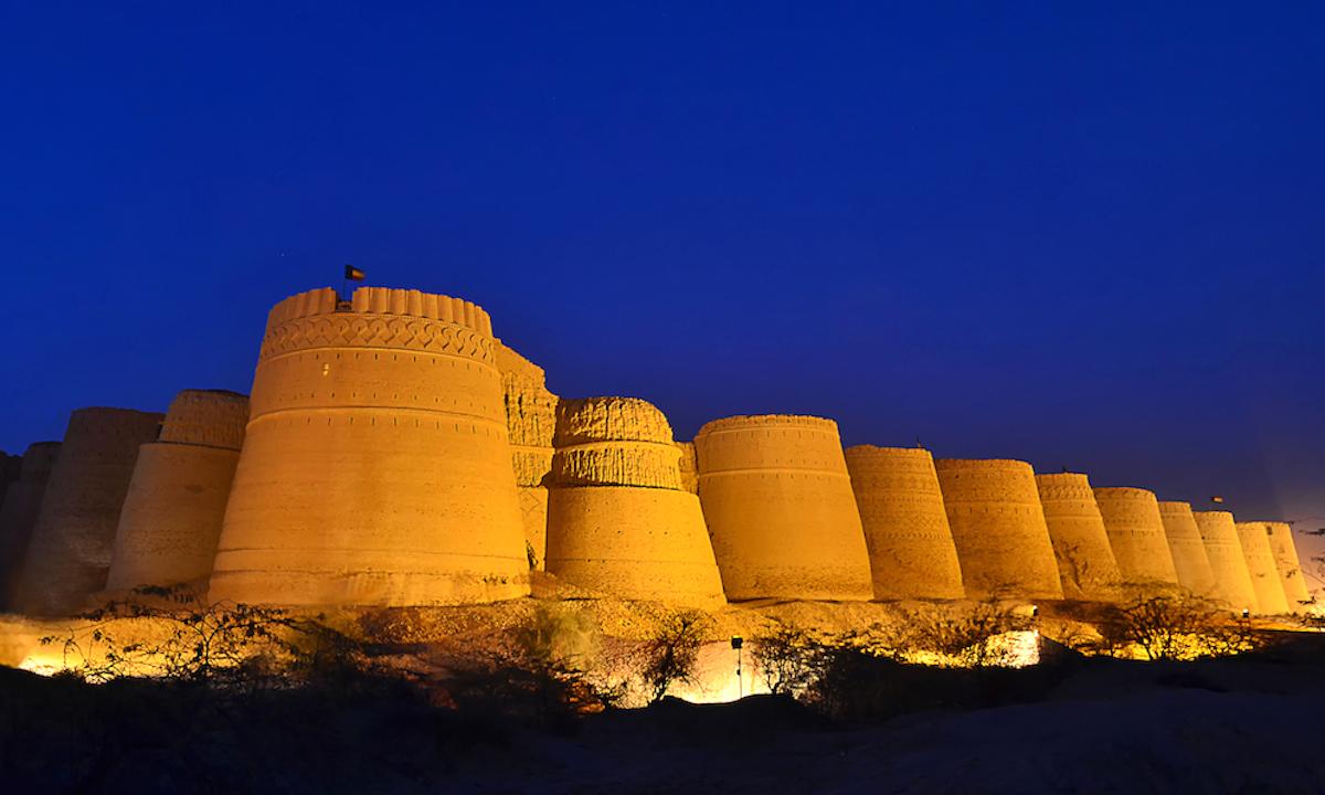 قلعہ دراوڑ، بہاولپور— فوٹو علی میر