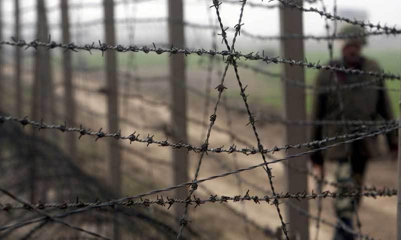 An elderly Pakistani man was killed last night by Indian troops as fresh cross-border firing rocked the disputed Kashmir region. – File Photo