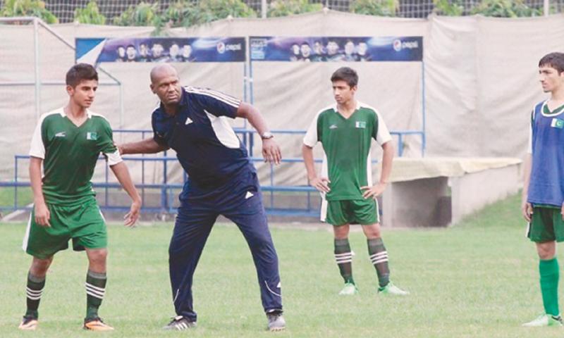 Coach Shamlan training youngsters
