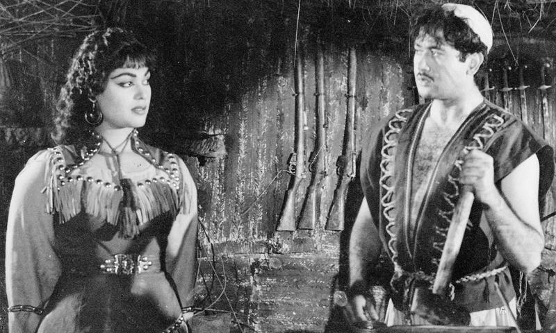 Musarrat Nazir and Ejaz in the film