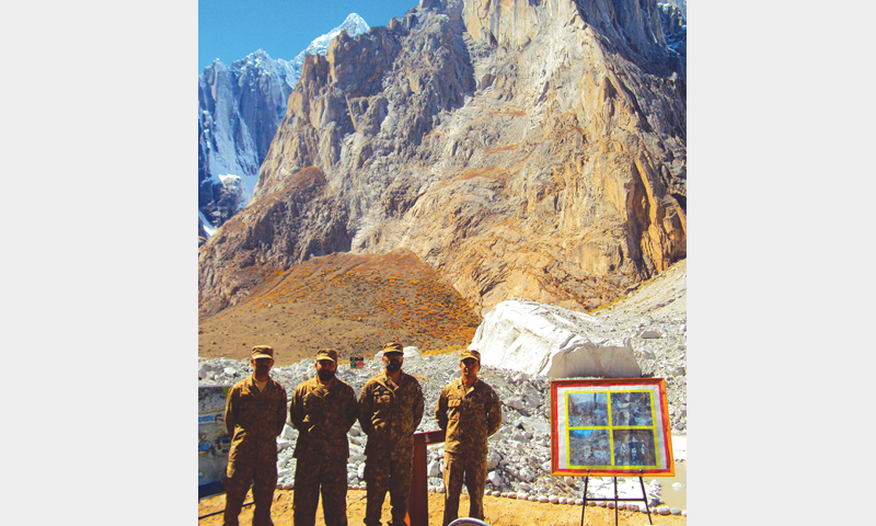 Briefing at Gyari, where 124 soldiers perished in an instant due to an avalanche.