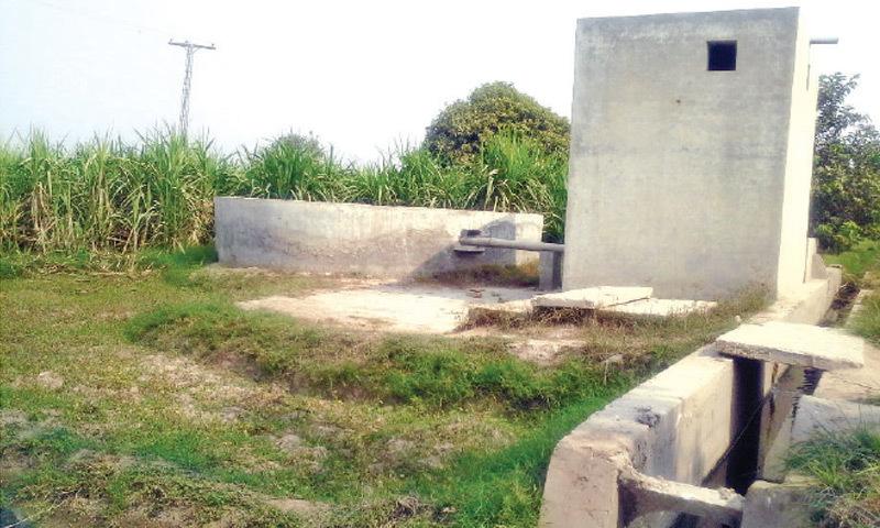 RAHIM YAR KHAN: The well for collecting sewage at Basti Tabu. – Dawn