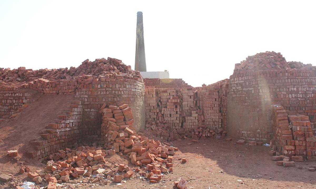 The brick kiln. — Photo by Xari Jalil