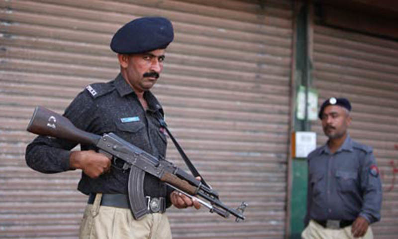 Karachi police have killed some 600 suspects in 'encounters' during 425 days of operation.—Reuters/File