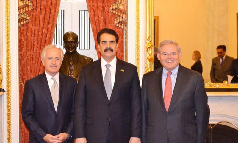 COAS Gen Raheel Sharif with members of the Senate Committee on Foreign Relations, Senators Robert Menendez and Robert Corker. - Photo courtesy: ISPR Twitter account