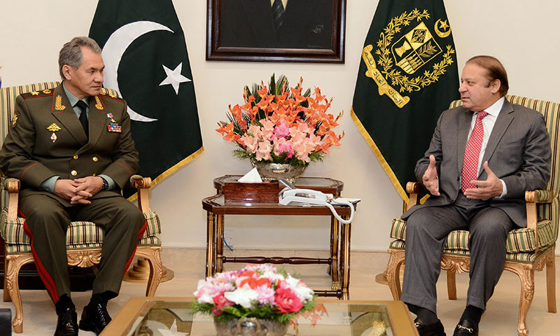 Prime Minister Nawaz Sharif talks with Russian Defence Minister General Sergei Shoigu in Islamabad on November 20, 2014. – PID