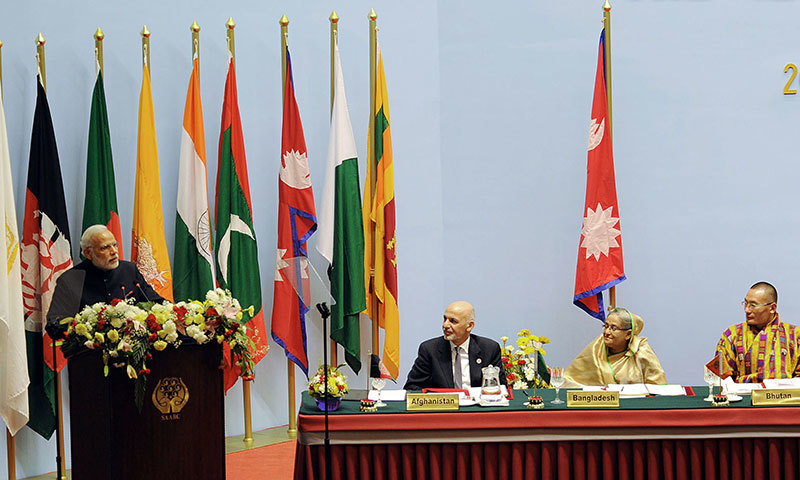 Indian Prime Minister Narendra Modi (L) addresses the inaugural session of the 18th SAARC Summit. - AFP photo