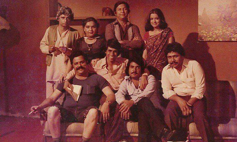 Fifty-50's cast with the director Shoaib Mansoor in the centre.