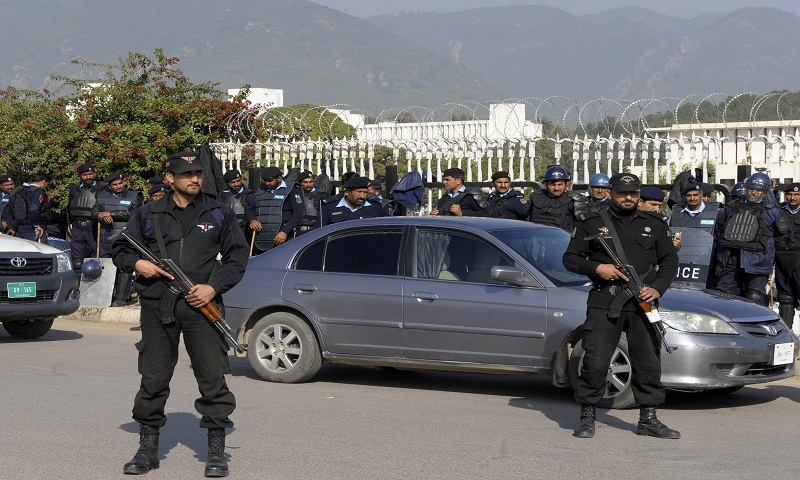 Islamabad police personnel gather during PTI's rally