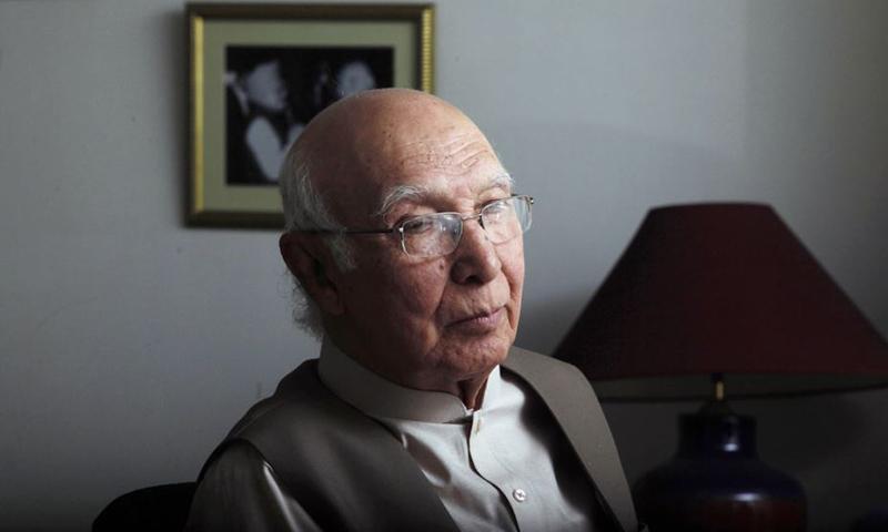 Adviser to Prime Minister Nawaz Sharif on Foreign Affairs and National Security Sartaj Aziz. — Reuters/File
