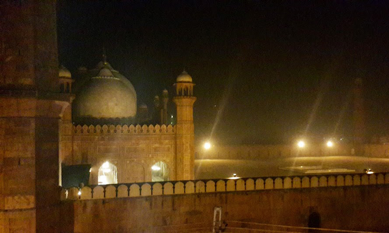 View of the Badshahi Mosque from Andaaz, Lahore. – Photo by author