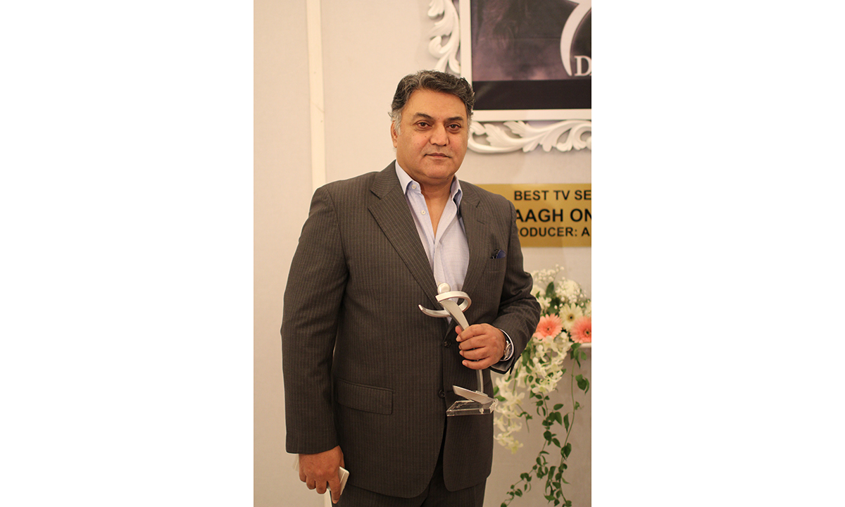 Asif Raza Meer won the award for 'Daagh' for the best TV Serial Satellite award. —Photo by Yumna Rafi