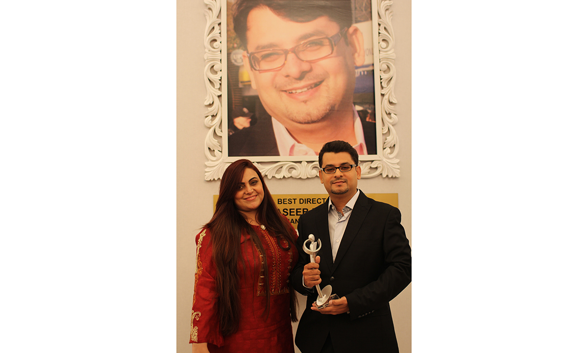 Haseeb Hasan wins the Best Director award for 'Nanhi'. —Photo by Yumna Rafi