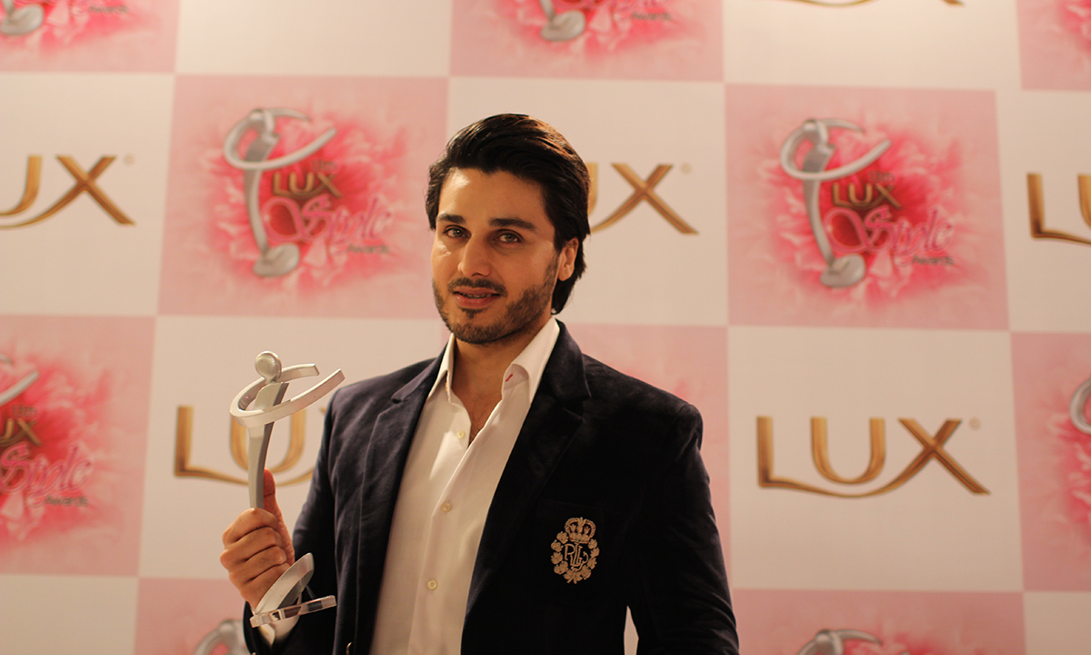 Ahsan Khan and Miraj ud din won the best TV Serial Terrestrial award for 'Mar Jaen Hum Toh Kya'. —Photo by Yumna Rafi