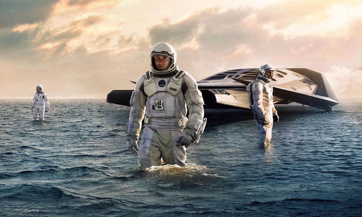 """امریکن فلم انسٹی ٹیوٹ نے سال 2014 کی بہترین فلموں میں سائنس فکشن فلم """"انٹرسٹیلر"""" کو ٹاپ ون کا درجہ دیا ہے  — اے ایف پی فوٹو"""