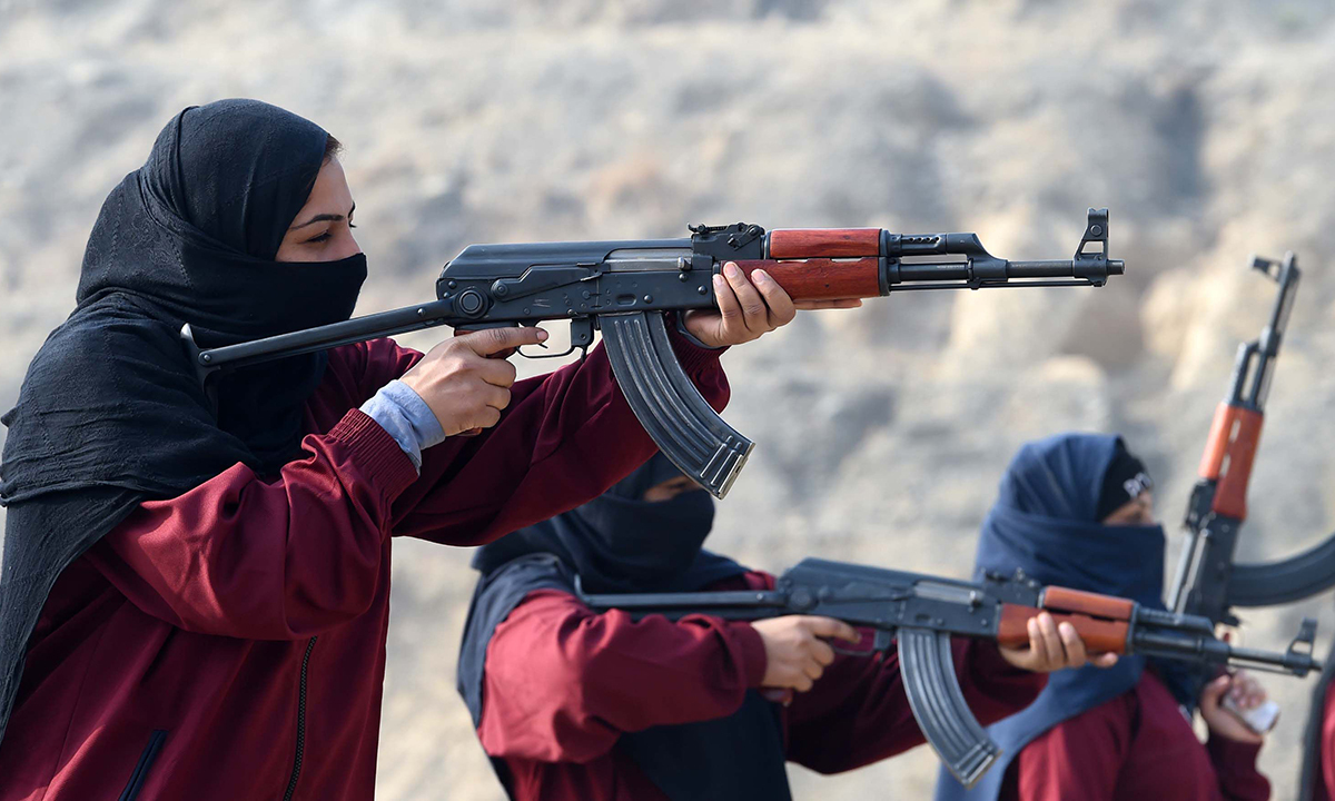 Police commandos at the police training centre in Nowshera, Khyber Pakhtunkhwa. — AFP