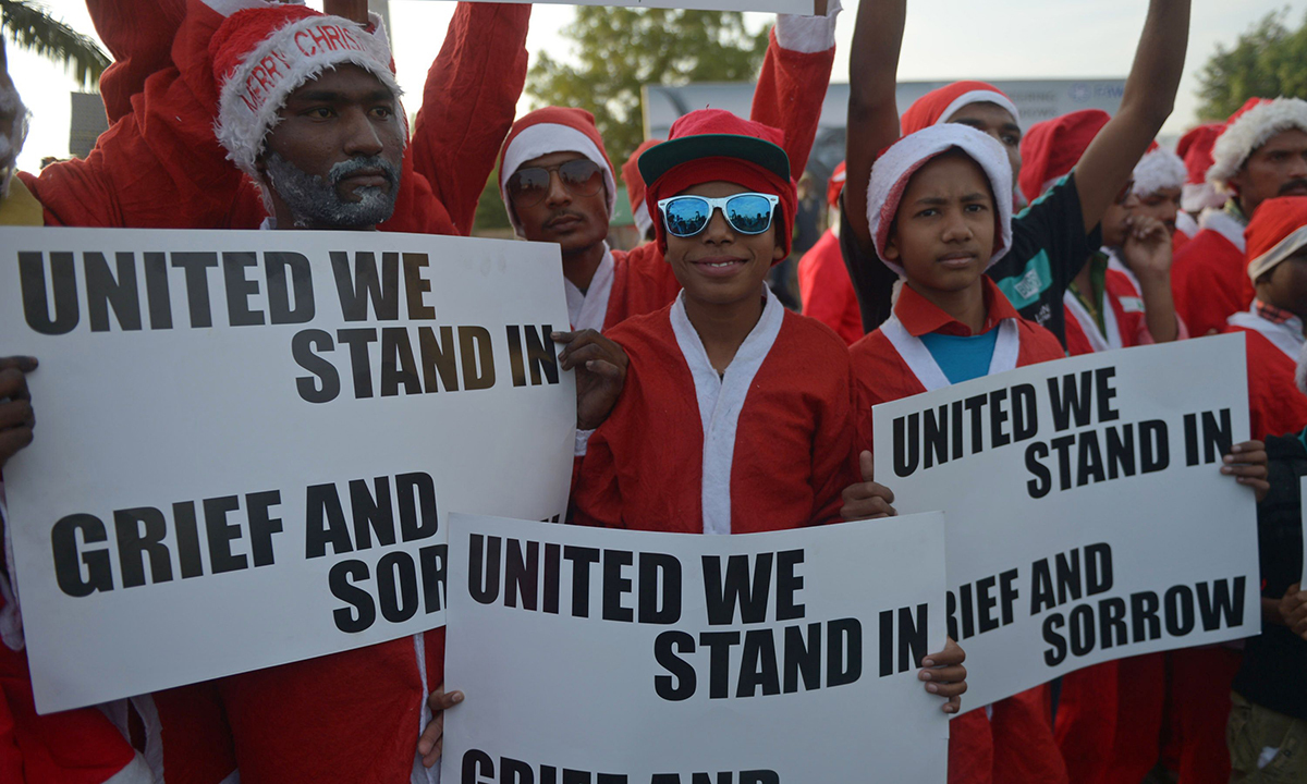 Christians hold peace rally in Karachi. — AFP
