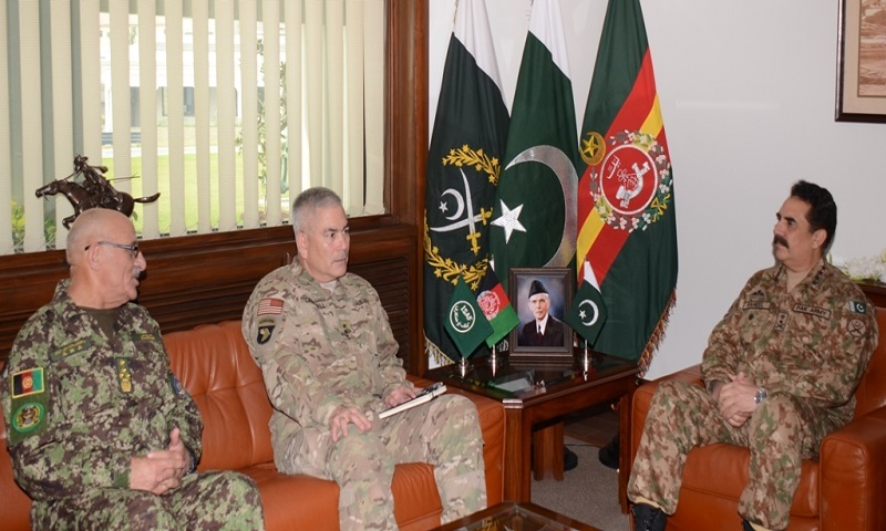 COAS General Raheel while meeting with AHA Chief General Sher Muhammad Karimi and Isaf Commander John Campbell - ISPR photo