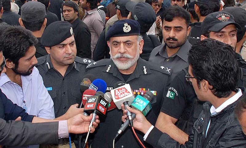 Khyber Pakhtunkhwa Inspector General of Police Nasir Khan Durrani talking to mediapersons.  — APP/file