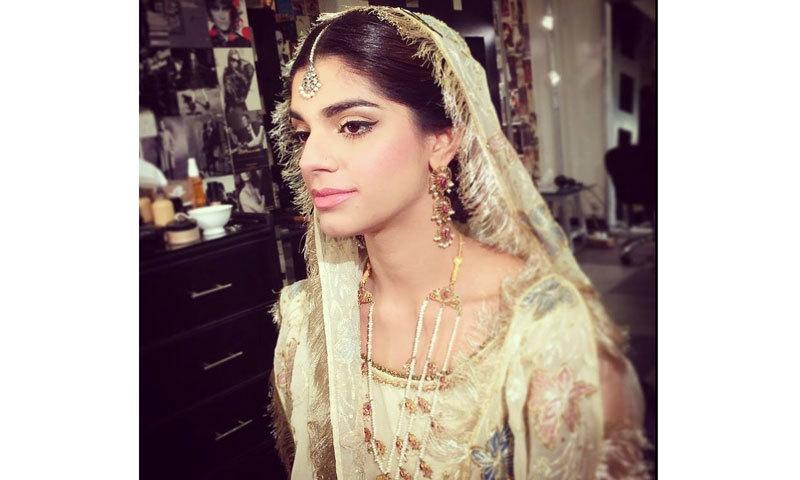 The Firaaq star got her natural makeup done from Anam Farooq Khan at Tariq Amin.