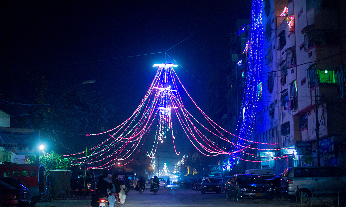 Lights near I.I Chundrigar road, Karachi. — Muhammad Umar