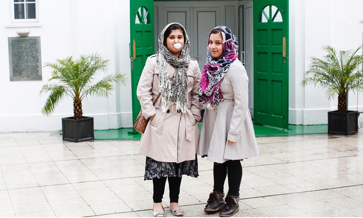 essay about headscarf Why hijab is important in islam updated 02 december 2012  arab news november 23, 2012 03:00 0 follow @arabnews hijab, or veil, takes the center stage whenever.