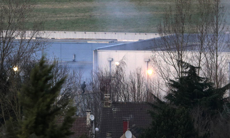 Charlie Hebdo suspects killed as French siege ends